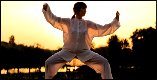 I knew it! I knew that the Chinese girls practicing taiji quan are absolutely amazing creatures!